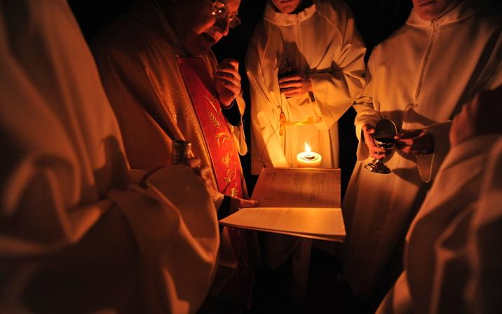 부활절, 가톨릭은 부활절을 어떻게 지키는가